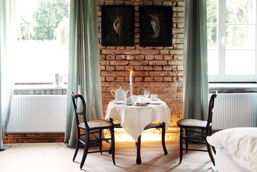 boutique hotel besondere unterk nfte mecklenburg vorpommern ostsee kranichhotel. Black Bedroom Furniture Sets. Home Design Ideas