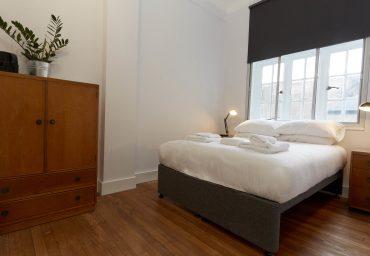 Corner+room