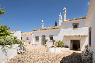 Farmhouse of the Palms, Algarve, Portugal, B&B