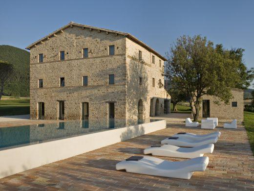 Casa Olivi, Ferienhaus in der Region Marken, Ferienhaus aus Naturstein mit Pool und besonderer Architektur, Lieblingsquartiere