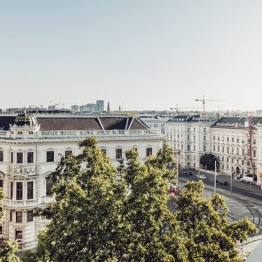 grand-ferdinand_hotel_vienna_center_rooms_suite_06-1680×904