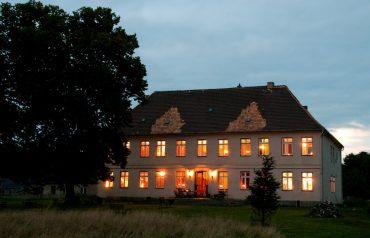 Gutshaus Rensow, Ferienwohnung, Mecklenburg-Vorpommern, besondere Unterkunft