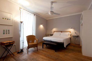 Hotel-Gutkowski-Plus-Room-2-3804443403