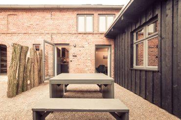 besondere unterk nfte ferienwohnung middenmank deutschland. Black Bedroom Furniture Sets. Home Design Ideas