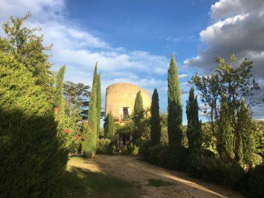 Pigeonnier, Lourmarin, Taubenturm, schöne Unterkunft in der Provence, besondere Unterkunft Provence, Pool, Ferienwohnung mit Pool, Chateau Lourmarin