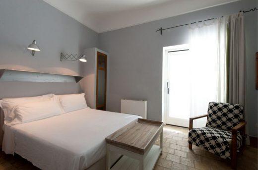 Room-3-43352748